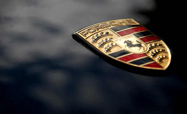 Porsche recovers inactive domain name