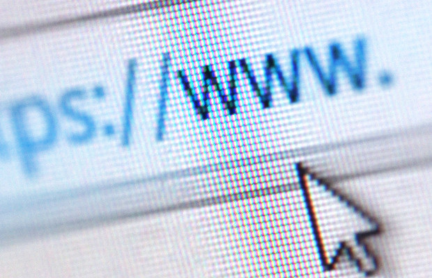 Domain name registrations hit 332m in Q4 2017