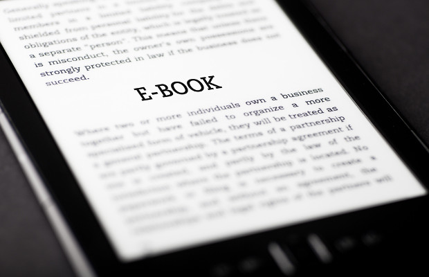 Authors demand 50% of royalties from e-book sales