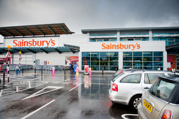 Sainsbury's begins trial scheme selling Tu clothes online