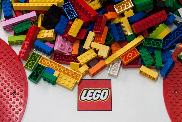 Lego builds up domain name transfers