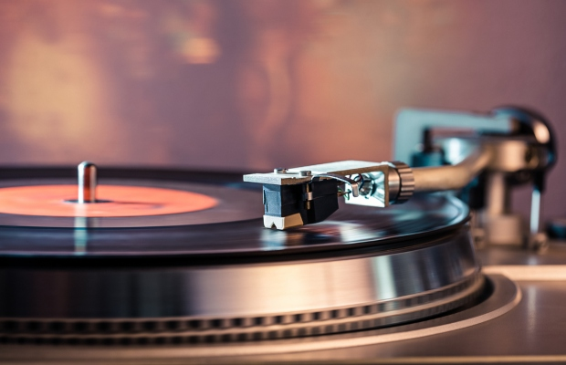 Record labels share fears over counterfeit vinyls: reports