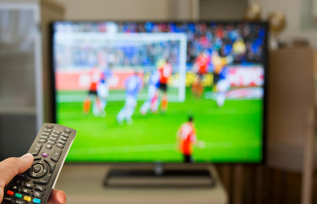 Pub licensees fined over illegal Sky Sports transmission